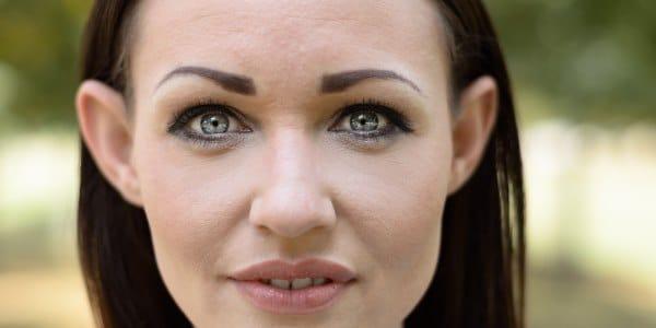occhi sporgenti infossati trucco